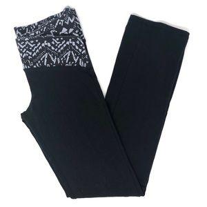 Victoria's Secret Victoria Sport Short Yoga Pants